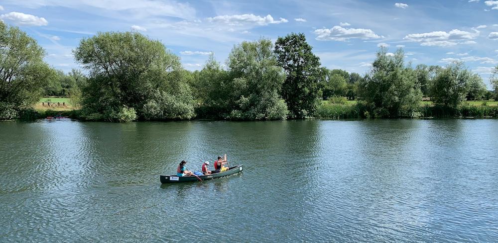 Pangbourne Canoe Hire